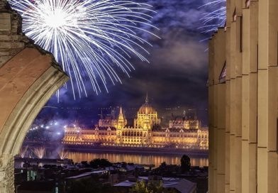Ünnepi tűzijáték a Hiltonból