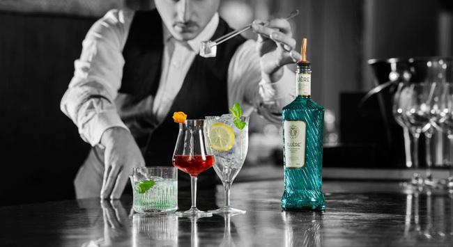 Fleúre néven rukkolt elő a Coca Cola egy alkoholmentes cocktail alapanyaggal. Rendezvény Magazin 2019.