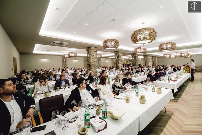 Villányi Franc csúcstalálkozó a Bock Borászat konferenciatermében 2019. Rendezvény Magazin 2019.